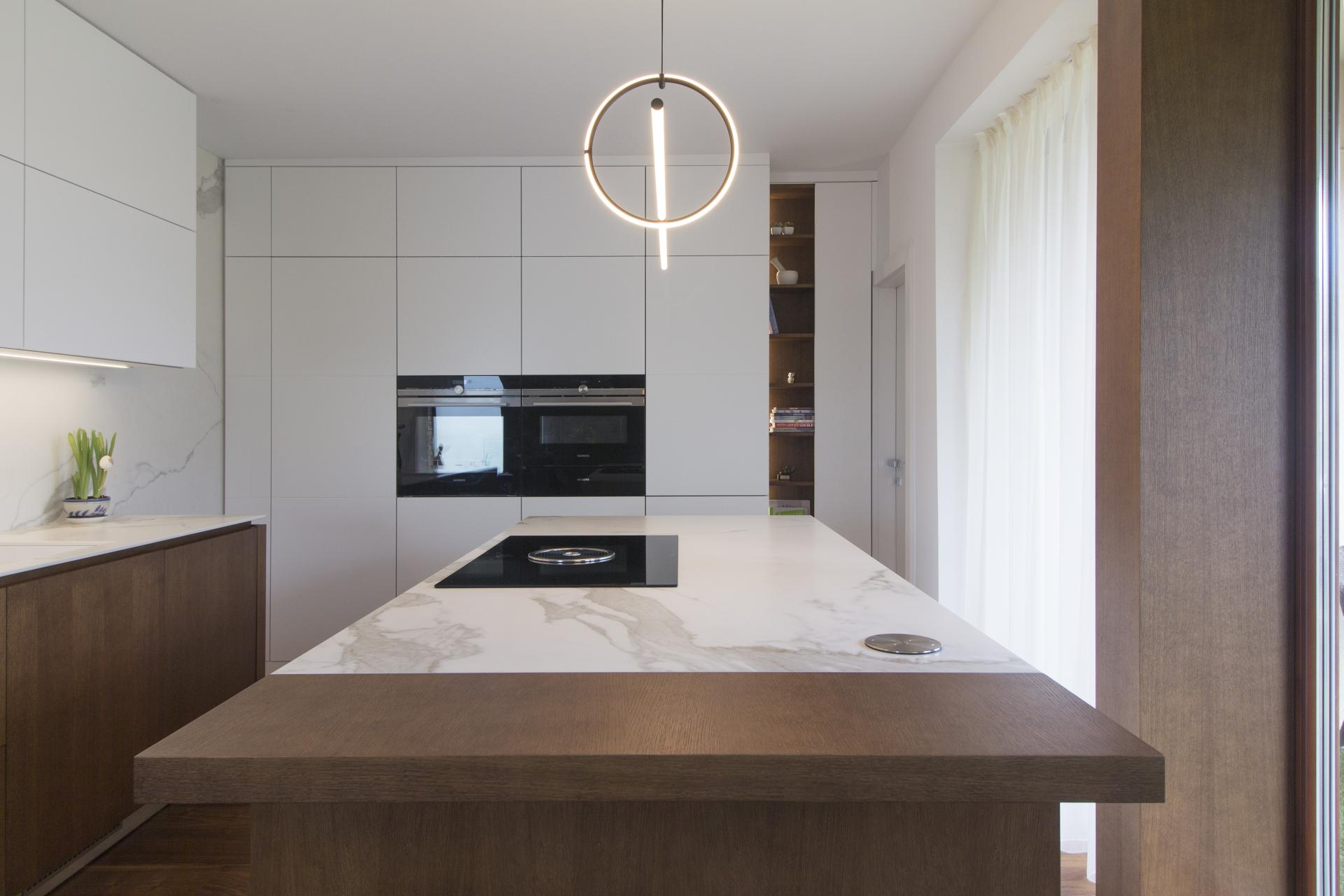 Rekonštrukcia kuchyne s jedálňou - Alekšince